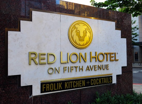 Red Lion Hotel on Fifth Avenue in Seattle by Jets Like Taxis