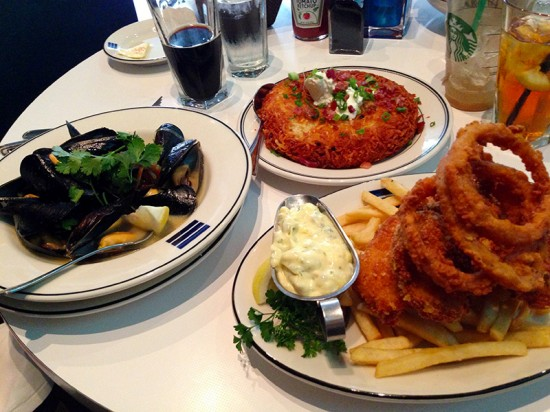 Blueacre Seafood in Seattle by Jets Like Taxis