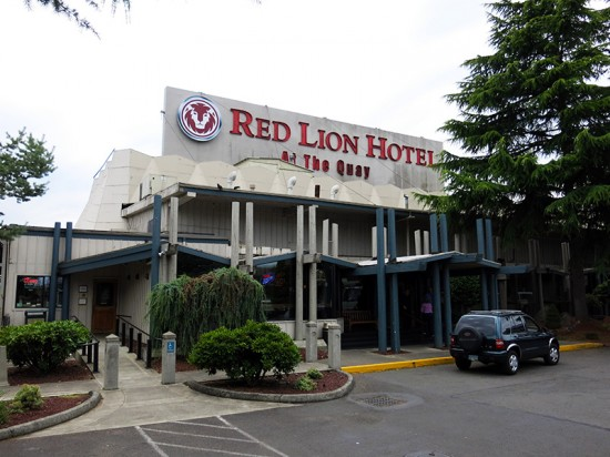 Red Lion Hotel at the Quay by Jets Like Taxis
