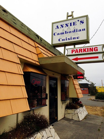 Annie's Cambodian Cuisine in Eureka, CA, by Jets Like Taxis