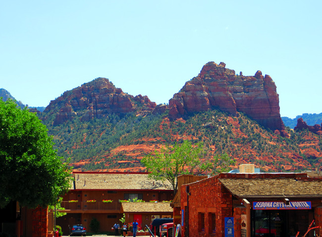Sedona, AZ by Jets Like Taxis
