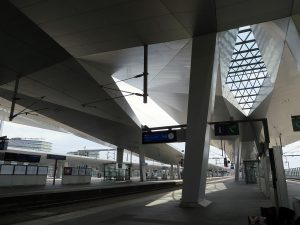 Vienna Hauptbahnhof by Jets Like Taxis