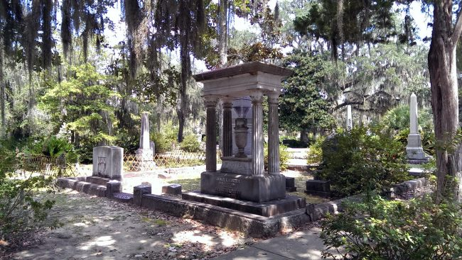 Bonaventure Cemetery by Jets Like Taxis