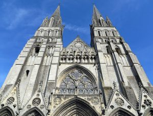 Bayeux Cathedral by Jets Like Taxis