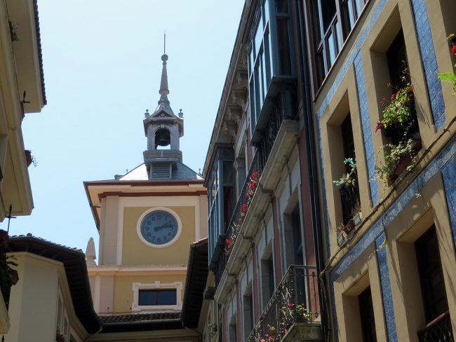Architecture in Oviedo, Spain by Jets Like Taxis