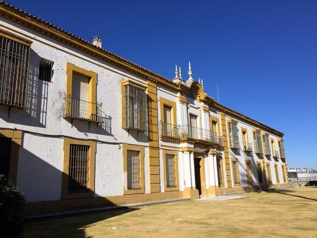 Colegio Mayor Santa María del Buen Aire in Castilleja de Guzmán, Spain by Jets Like Taxis