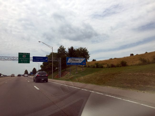 Tennessee Border by Jets Like Taxis