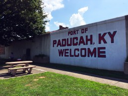 Paducah, Kentucky by Jets Like Taxis