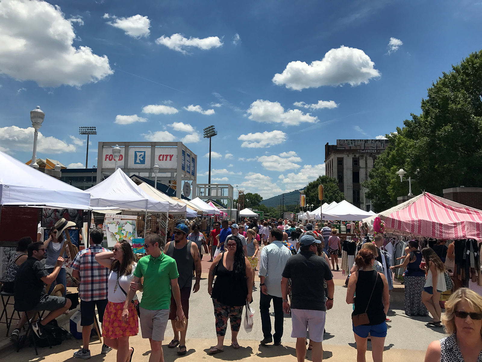 Chattanooga Market in Chattanooga, TN by Jets Like Taxis