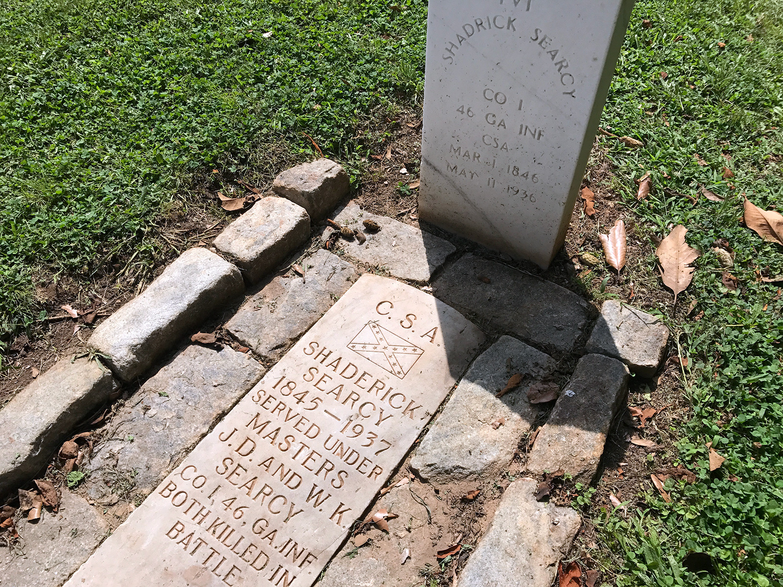Confederate Cemetery in Chattanooga, TN by Jets Like Taxis