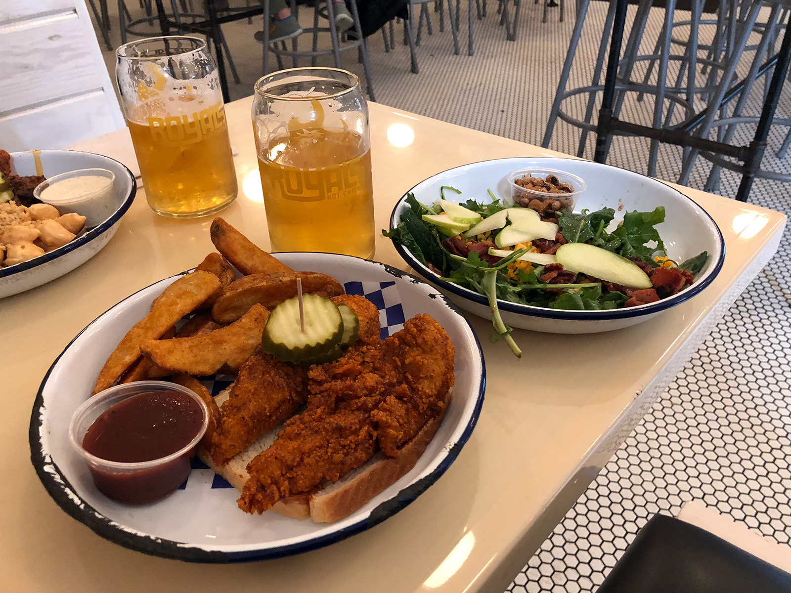 Royals Hot Chicken in Louisville by Jets Like Taxis